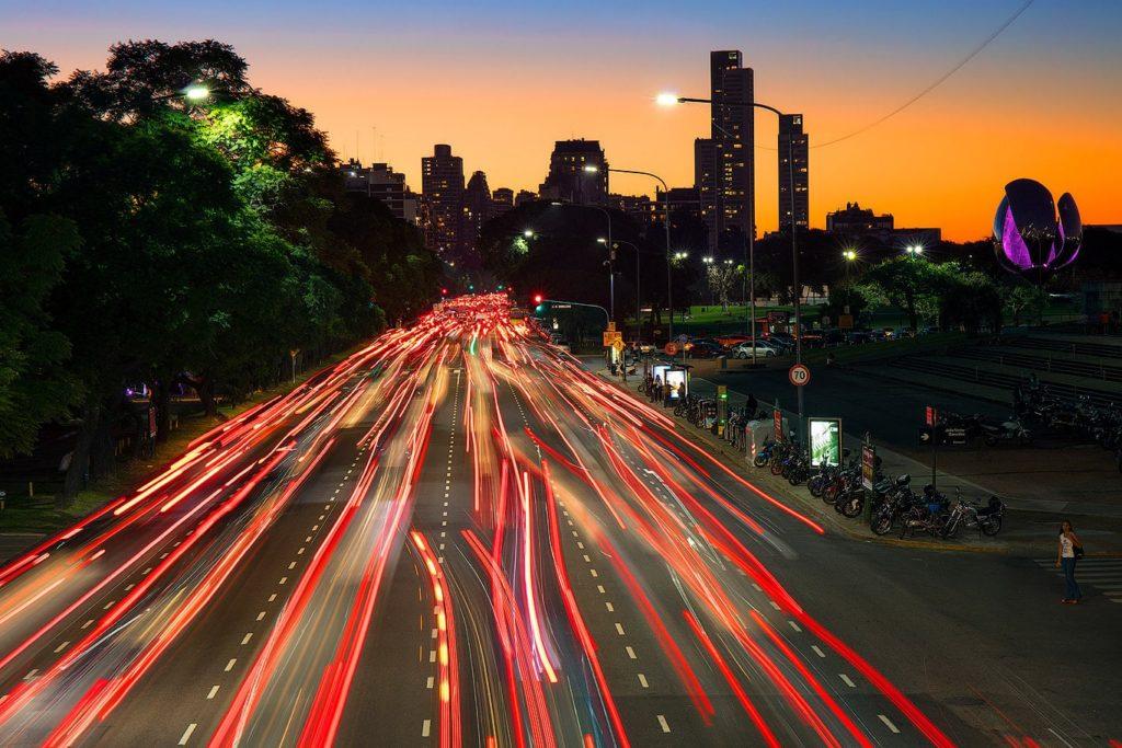 Traffic lights on Av. Figueroa Alcorta, Buenos Aires