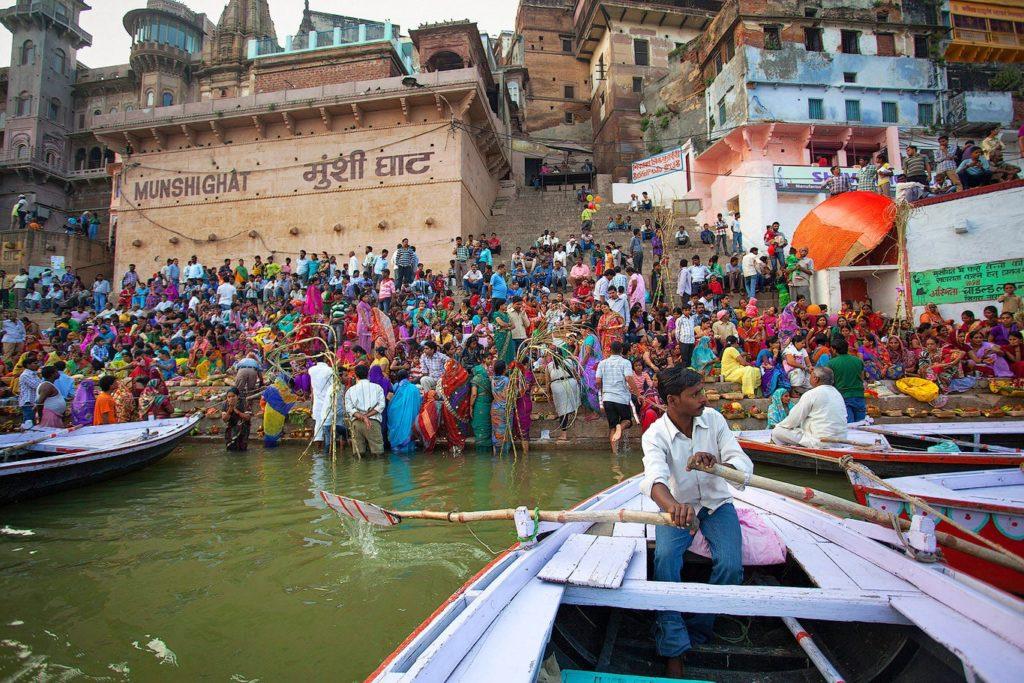 Crowd of people in the Munshighat, Varanasi, India