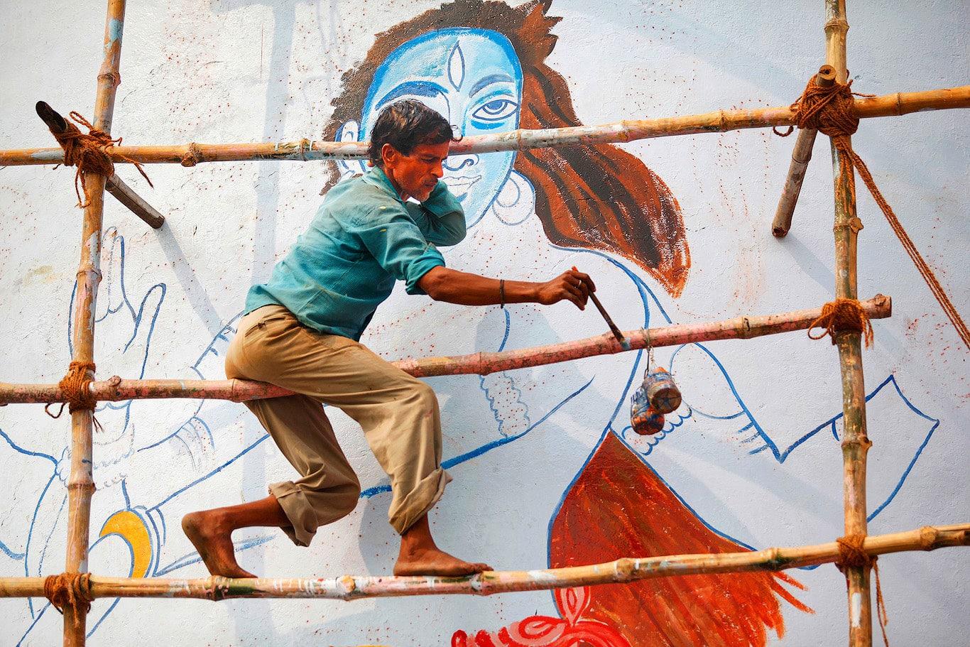 Painting Shiva, Varanasi, India